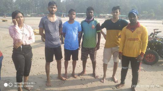 मुरुड : काशिद समुद्रात बुडणार्या 9 पर्यटकांना जीवरक्षकांनी वाचविले