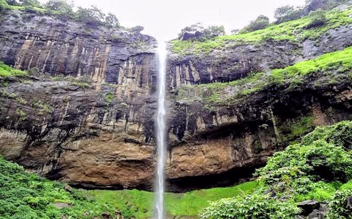 Pandavkada Waterfall_Khar