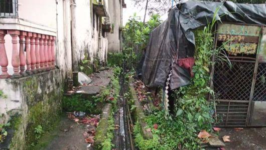खोपोली नगरपरिषद हद्दीतील शिळफाटातील रस्ते, शौचालय, गटारांची दैनावस्था
